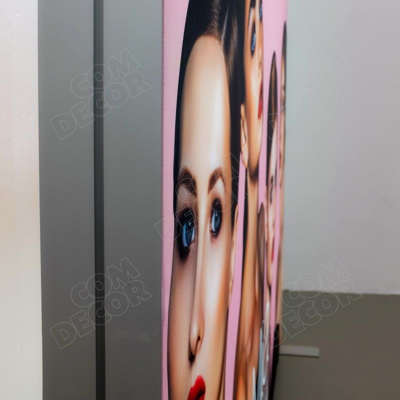 Lightbox - illuminated advertising with fabric