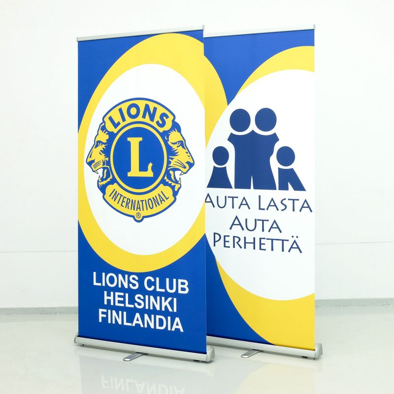 Roll up banners
